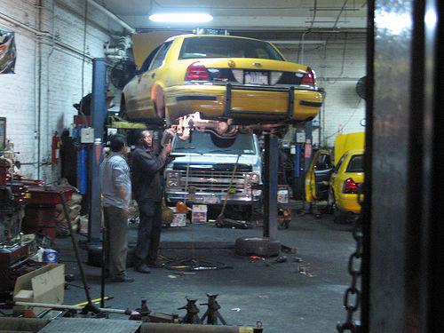 http://www.stpub.com/vehicle-maintenance-facilities-a-california-compliance-guide-online