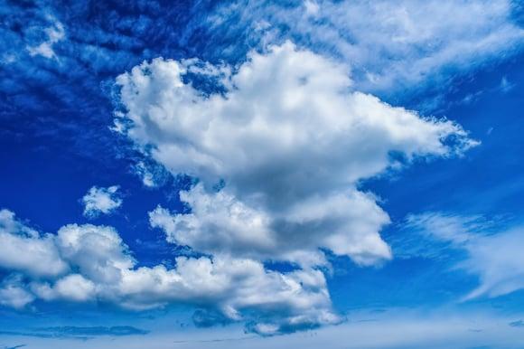 clouds-3350771_1920