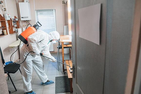 coronavirus-pandemic-disinfector-protective-suit-mask-sprays-disinfectants-house-office-1