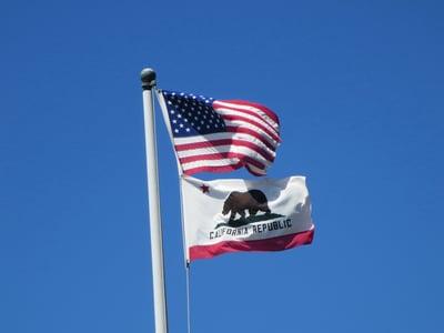 flag-331755_1920-1