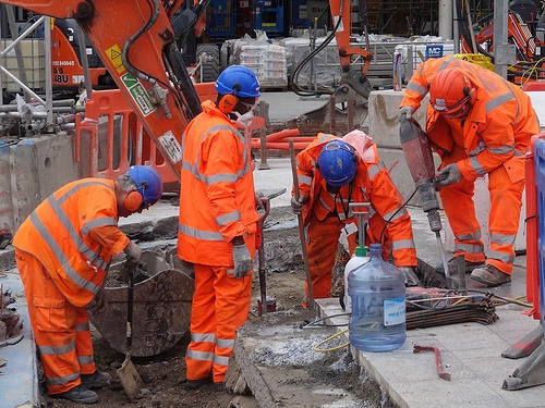 Construction workers 3.jpg