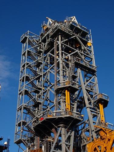 Oil_drilling_2.jpg