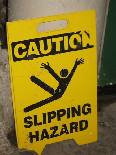 Slipping_hazard.jpg