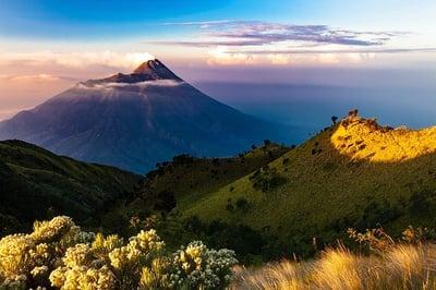 mountains-3778244_640