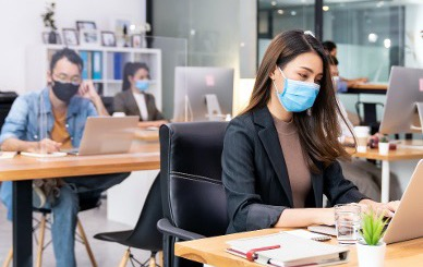 panoramic-group-business-worker-team-wear-protective-face-mask-new-normal-office-with-social-distance-practice-with-hand-sanitiser-alcohol-gel-table-prevent-coronavirus-covid-19-spreading-1-1-1